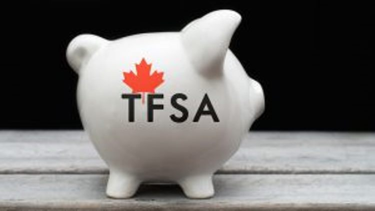 Canadians Contribute Less to their TFSAs in 2016